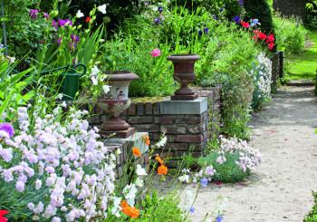 Master gardener autore a progettazione e manutenzione for Giardiniere milano